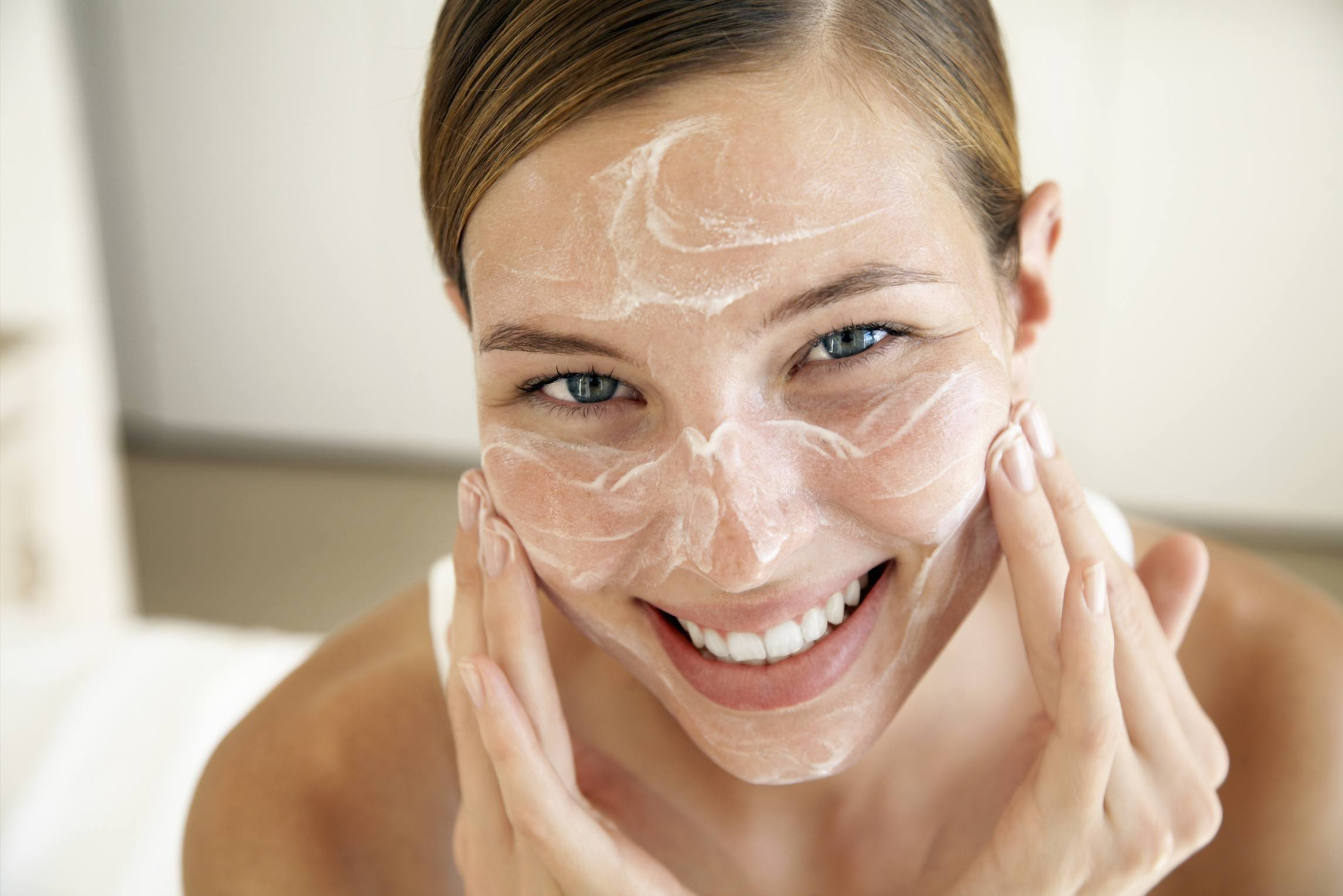 How You Can Look Wonderful from Mind to Foot – Handy Skincare Tips
